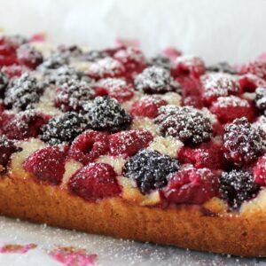 Raspberry & Blueberry Oatbake